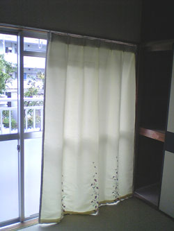 都営住宅カーテン