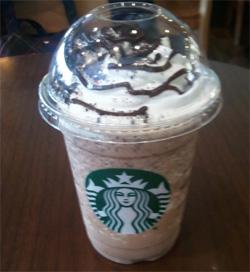 スターバックスコーヒー チョコレートクッキークランブルフラペチーノ